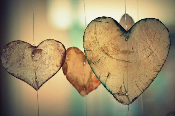 Lo strano e meraviglioso miracolo di sentirsi amati da Dio