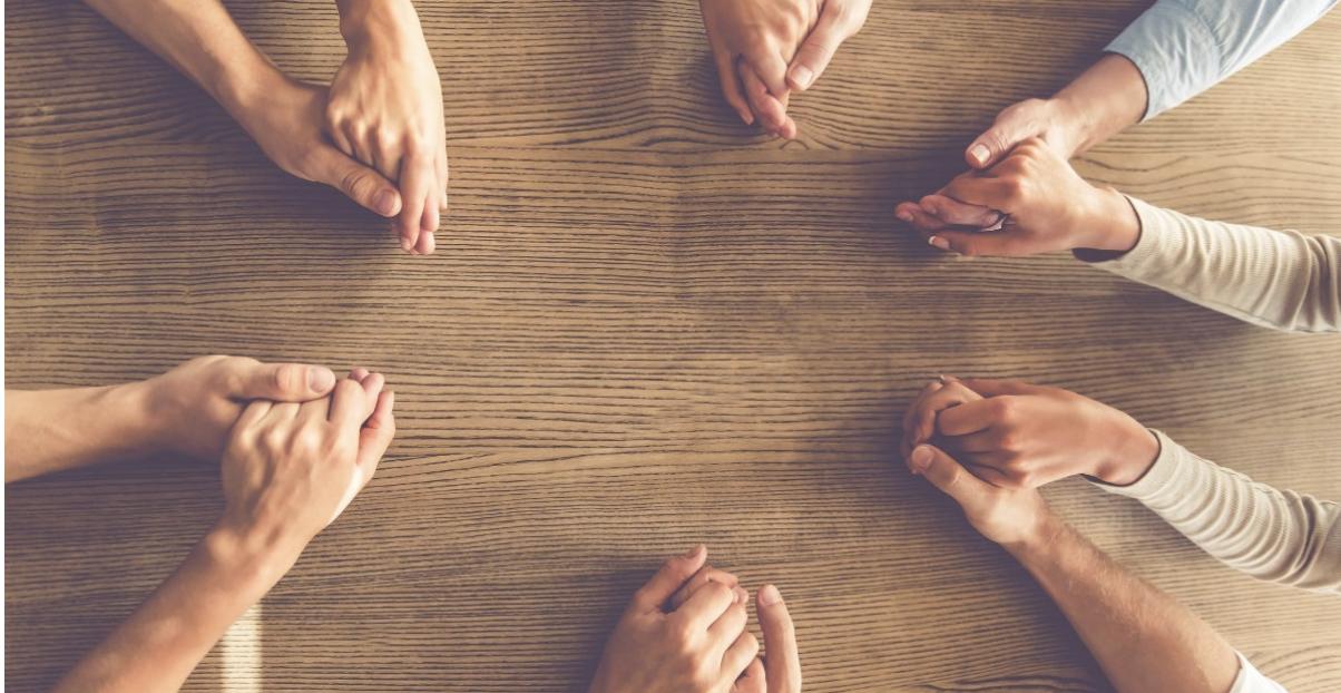 4 Motivi per cui dovresti aggiungere un regolare incontro di preghiera nella tua chiesa