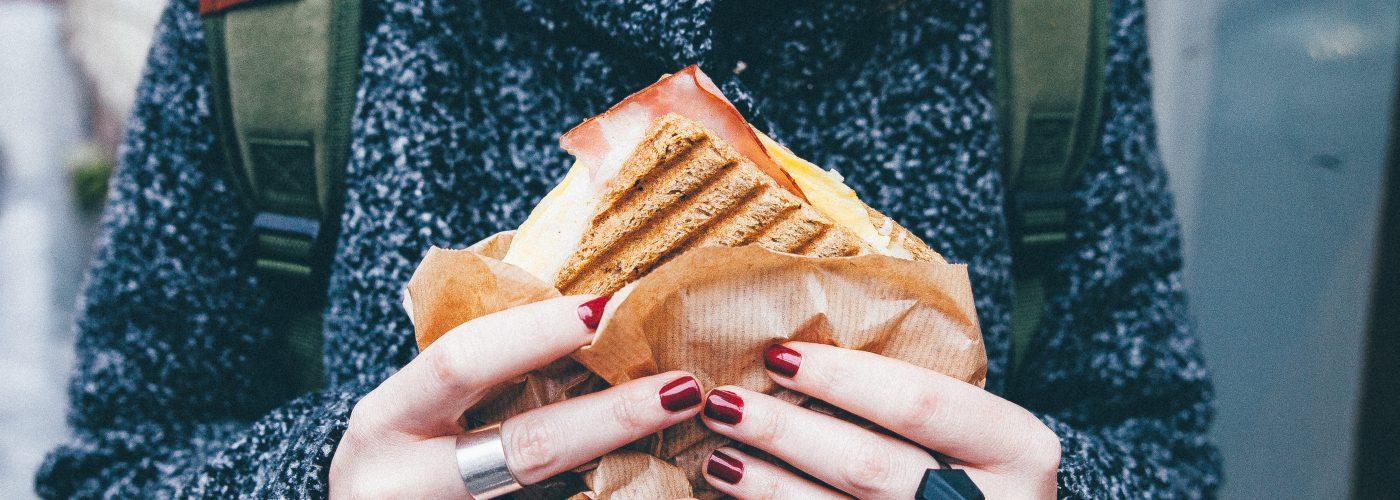 """Il pericolo delle conversazioni da """"fast food"""""""