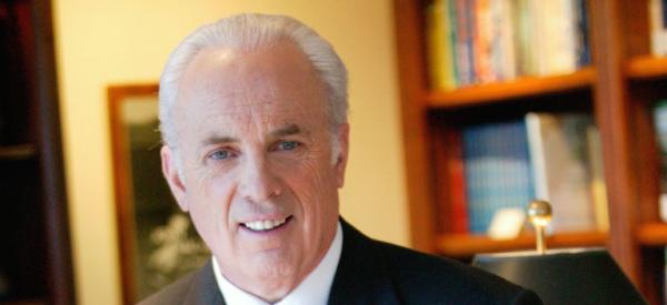 John MacArthur ha festeggiato i 50 anni di ministero alla Grace Church