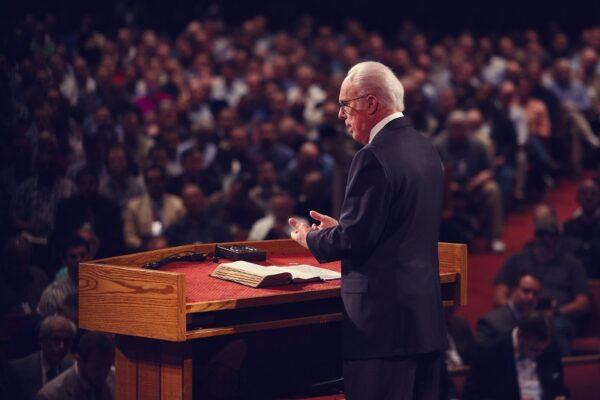 50 pastori, 50 lezioni dai 50 anni del ministero di John MacArthur