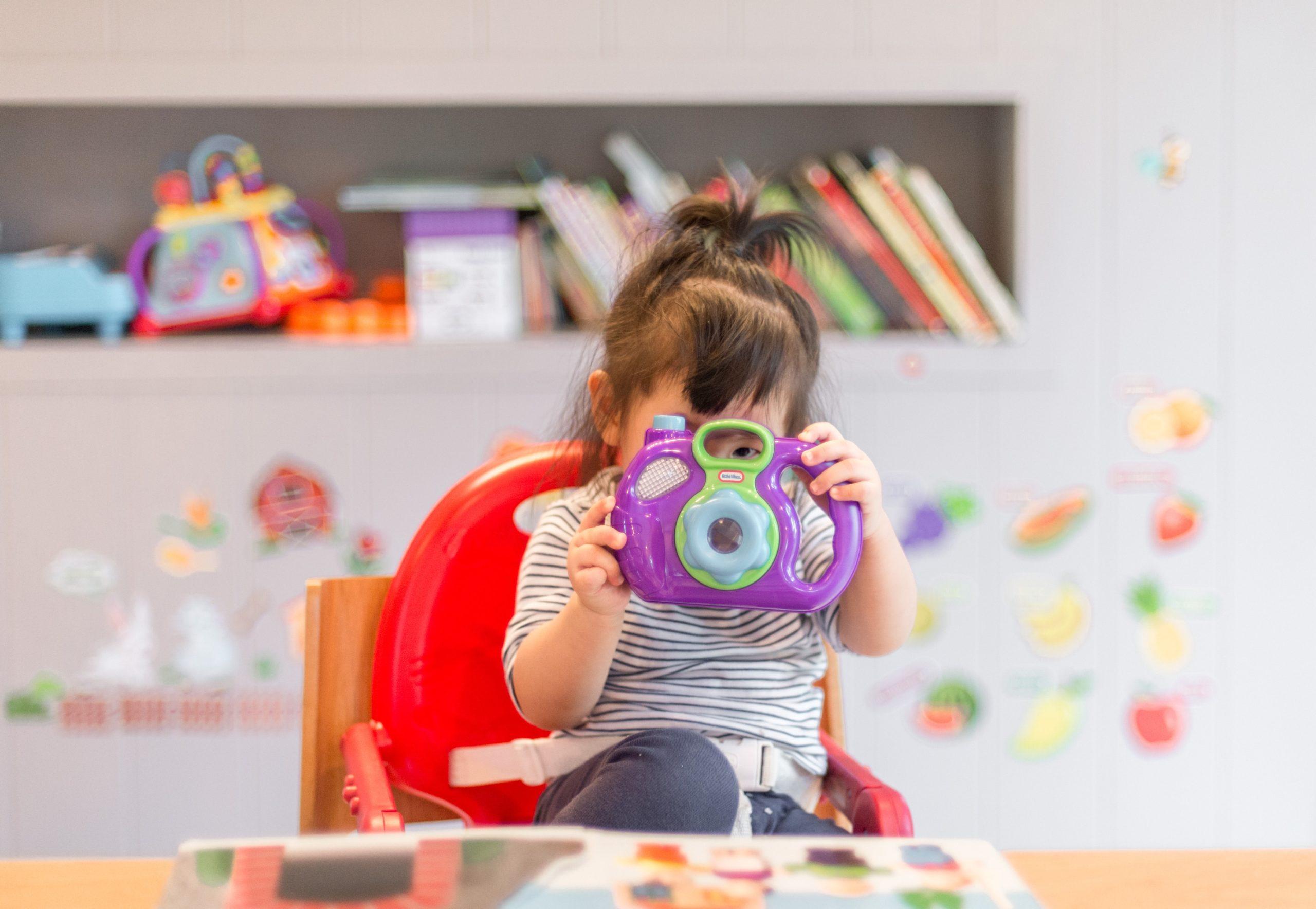 Come essere genitori in questo tempo sospeso: emozioni, legami, gestione del tempo