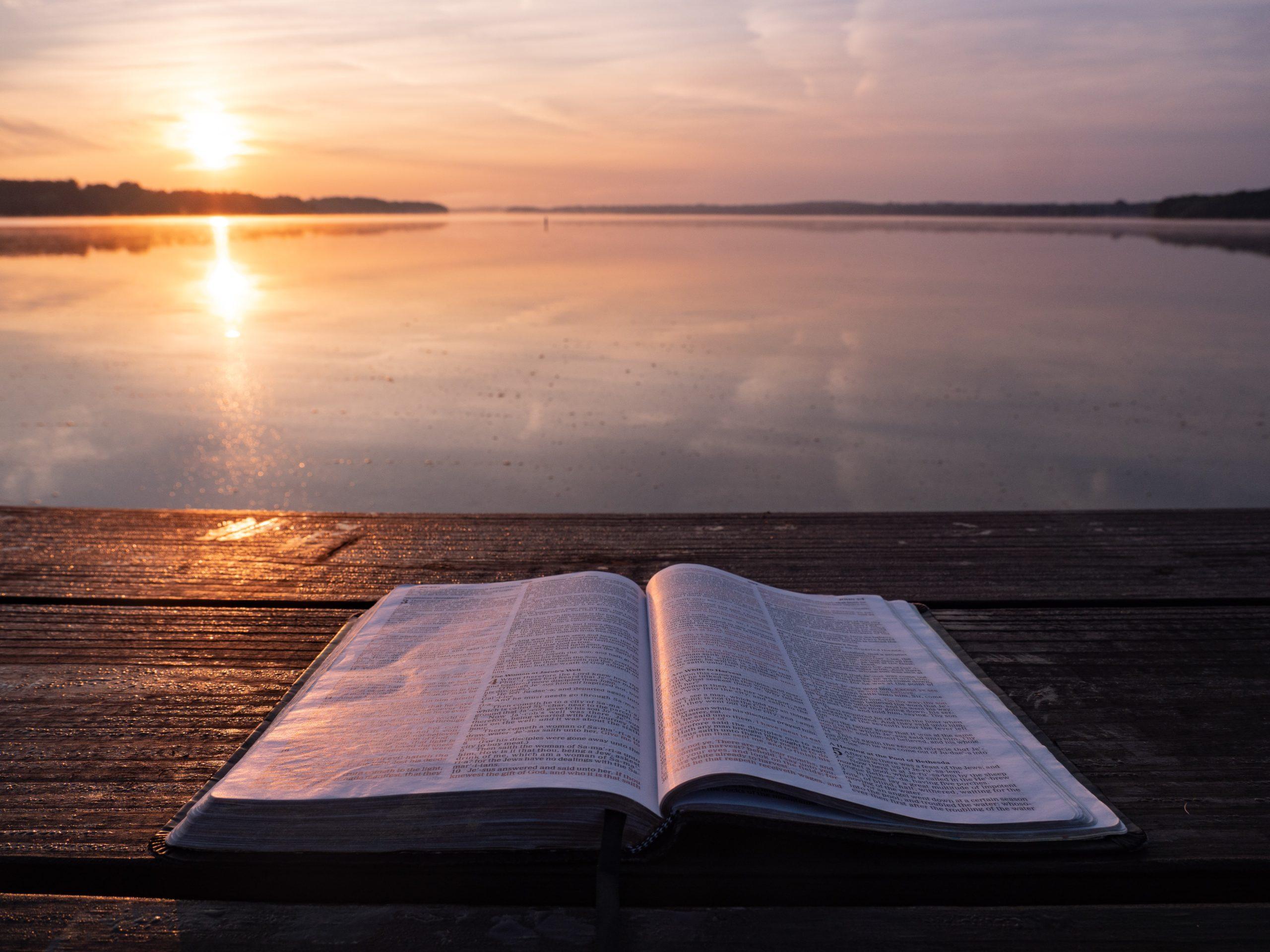 La Bibbia è troppo complicata per chi fa fatica a leggere?